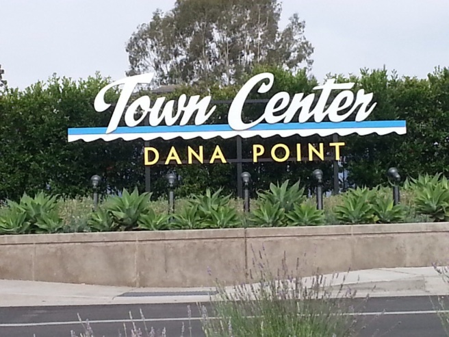 Dana Point Town Center by southocbeaches.com